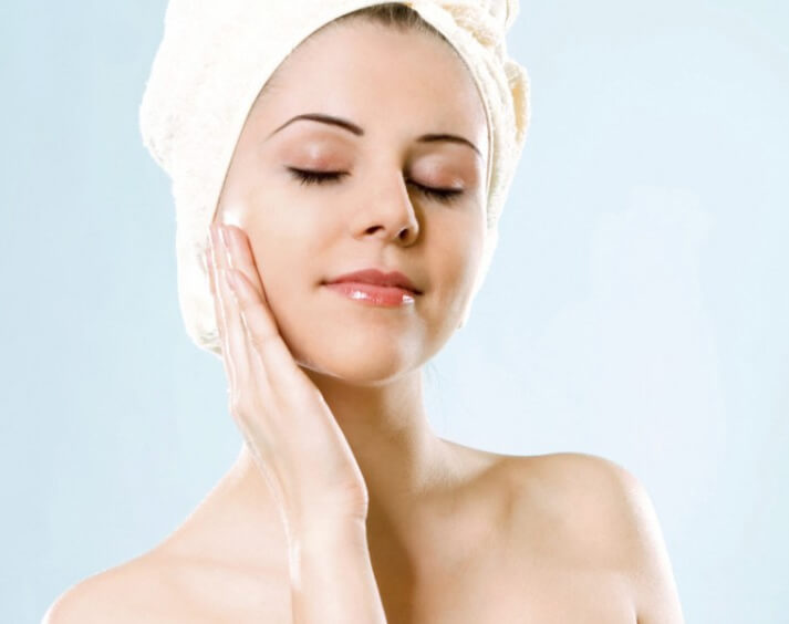 Oily Skin Care Tips in Winter Using Homemade Remedies